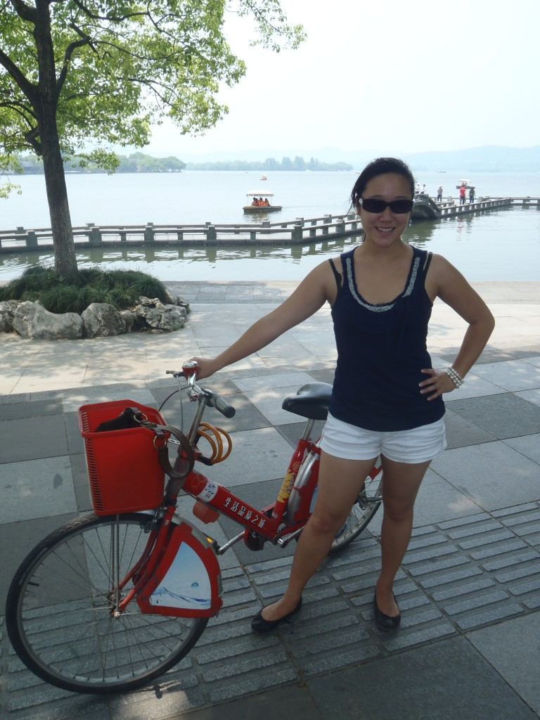 Annie with one of Hangzhou's 60,000 public bikes.